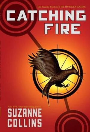 THE HUNGER GAMES #2 CATCHING FIRE -PAPERBACK-